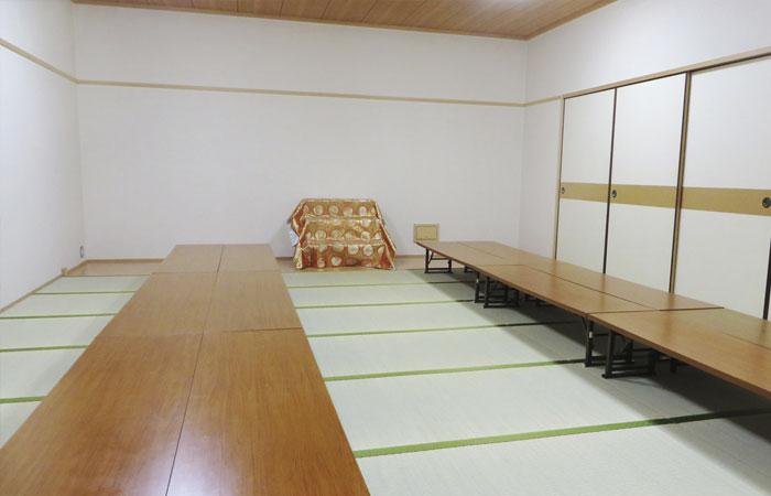 ドリーマー川東葬祭館控室3|愛媛県新居浜市の葬儀式場|株式会社ドリーマー