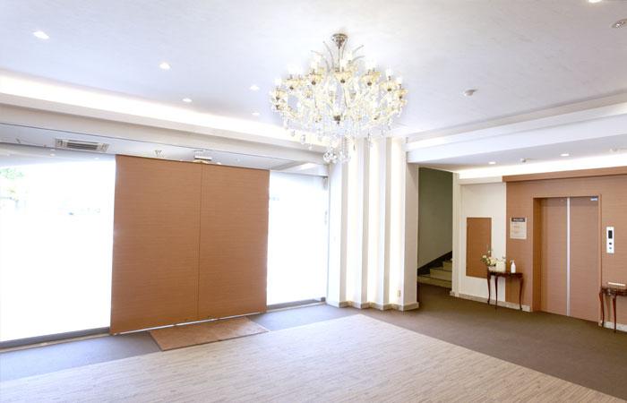 ドリーマー松山葬祭館ロビー1|愛媛県松山市の葬儀式場|株式会社ドリーマー