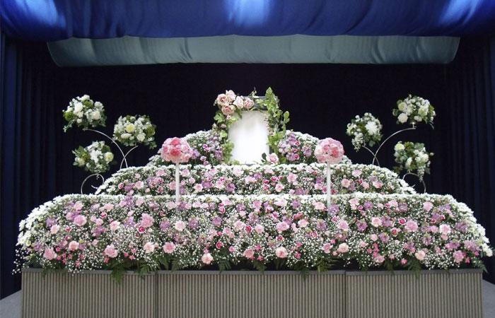 ドリーマー松山葬祭館祭壇3|愛媛県松山市の葬儀式場|株式会社ドリーマー