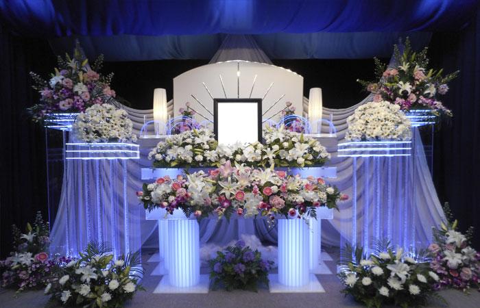 ドリーマー松山葬祭館祭壇5|愛媛県松山市の葬儀式場|株式会社ドリーマー