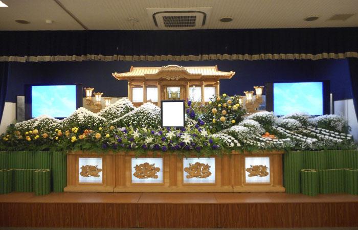 ドリーマー松山葬祭館白木祭壇4|愛媛県松山市の葬儀式場|株式会社ドリーマー