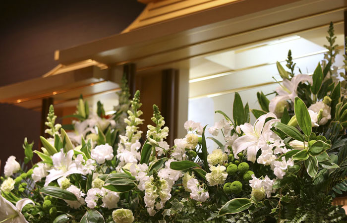 家族葬ホール夢想庵祭壇|愛媛県松山市の葬儀式場|株式会社ドリーマー