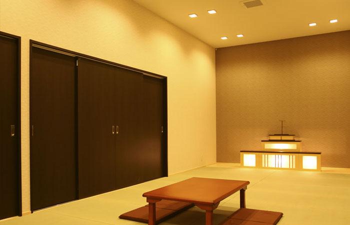 家族葬ホール夢想庵通夜室|愛媛県松山市の葬儀式場|株式会社ドリーマー