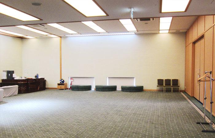 ドリーマー今治中寺葬祭館ロビー2|愛媛県今治市の葬儀式場|株式会社ドリーマー